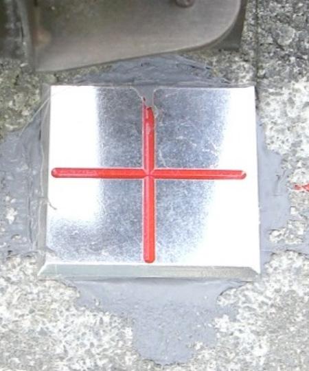 金属標(例)